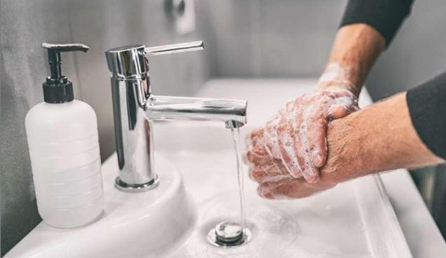 Global Handwashing Day 2020: सिर्फ कोरोना ही नहीं दूसरे संक्रामक रोगों से बचने के लिए 20 सेकंड धोएं - India TV Hindi