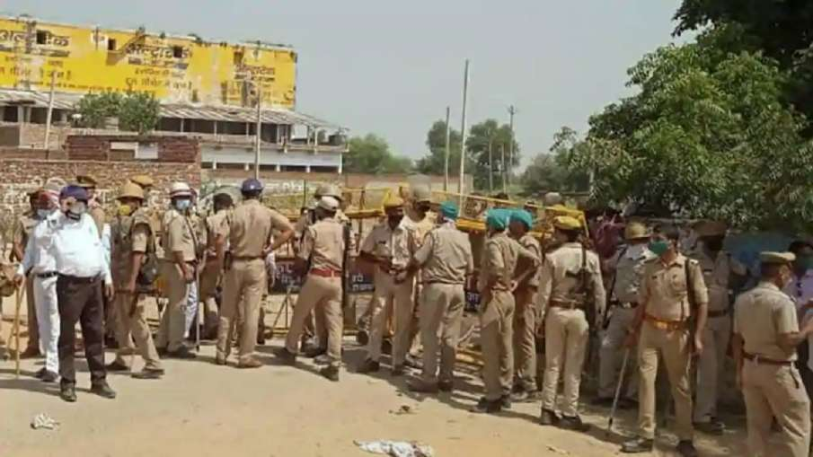 Hathras SP DSP suspended in gangrape case- India TV Hindi
