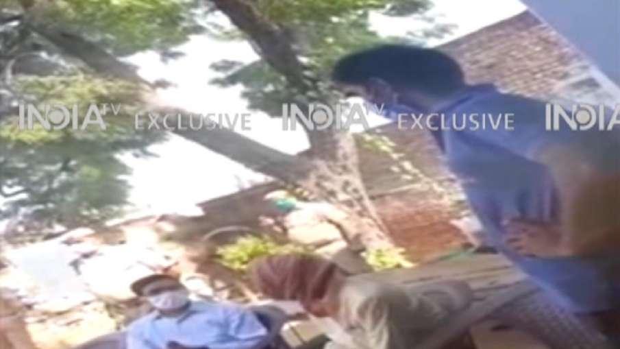 Hatras District Magistrate DM Video threatning speaking victim family- India TV Hindi