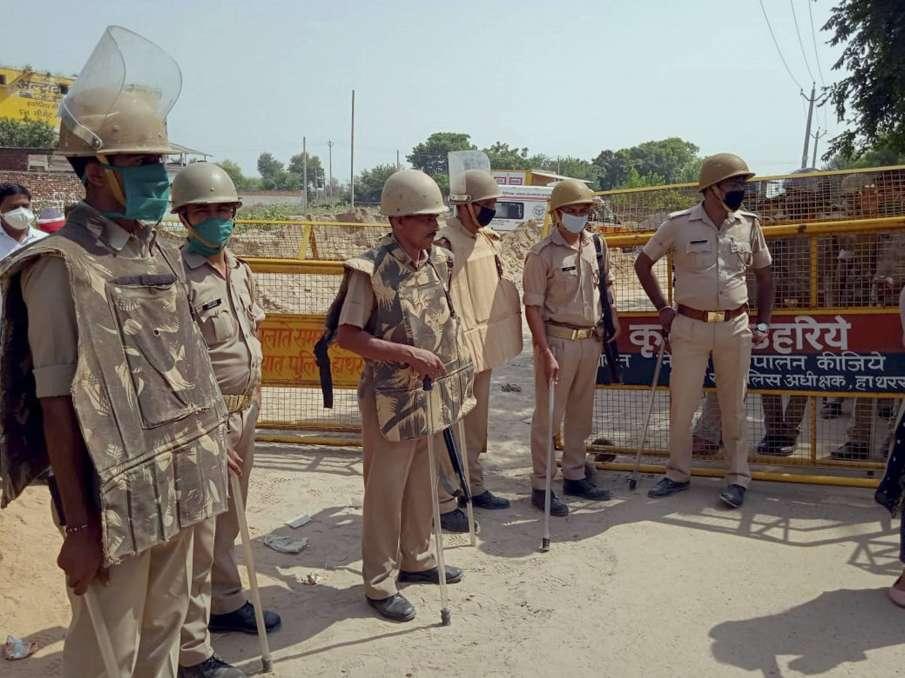 Congress on Uttar Pradesh govt over Hathras case - India TV Hindi