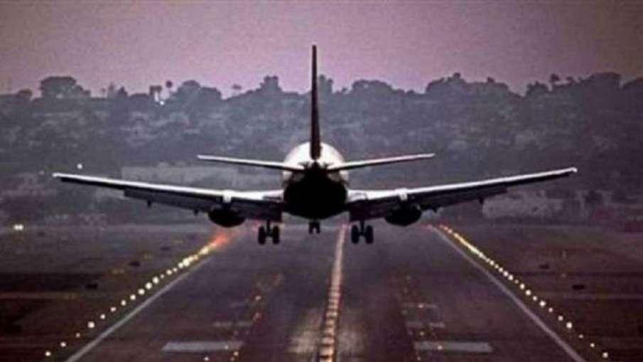 यूएई ने पाकिस्तान समेत 12 देशों की यात्रा वीजा को सस्पेंड किया- India TV Hindi