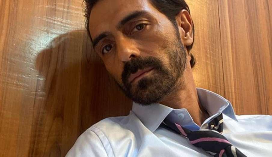 एक्टर अर्जुन रामपाल के आवासों पर NCB के छापे, ड्राइवर गिरफ्तार- India TV Hindi