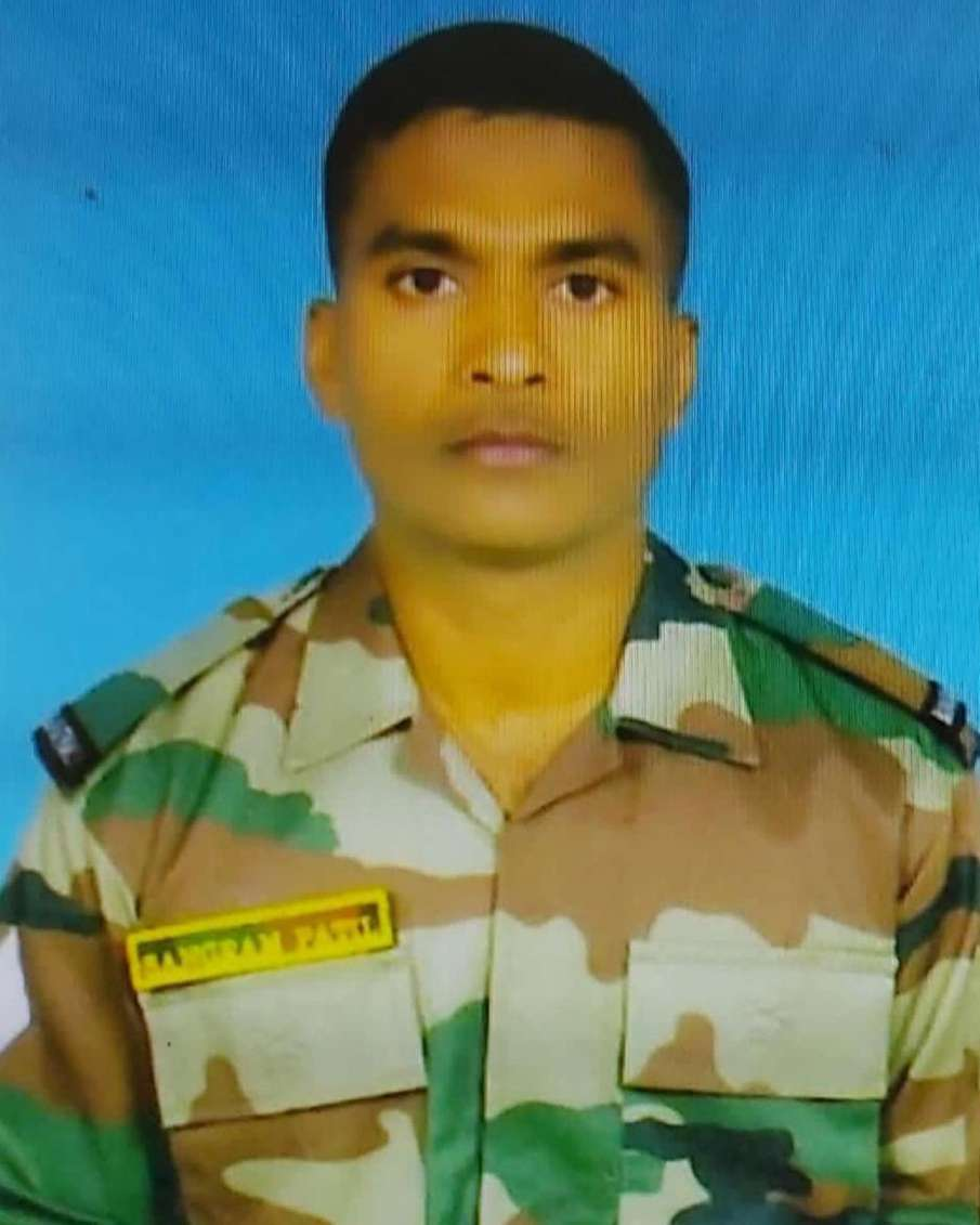 शहीद हवलदार पाटिल...- India TV Hindi