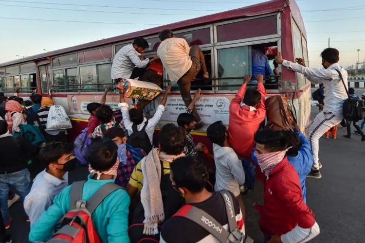 दिवाली पर बसों में...- India TV Hindi