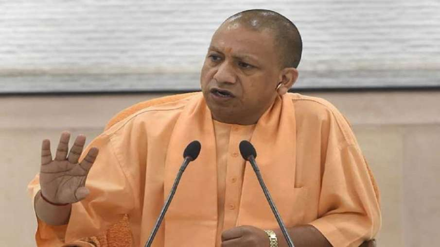 Adityanath gave instructions to take complete caution to avoid infection during festivals । सीएम योग- India TV Hindi