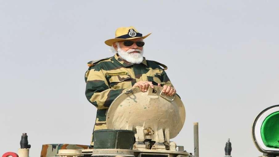 Saamana editorial shivsena target on modi government china doklam issue.  Shiv Sena bows on PM Modi- India TV Hindi