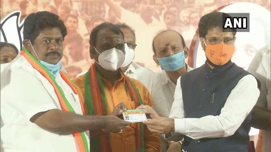 KP Ramalingam joins the Bharatiya Janata Party । DMK के पूर्व नेता ने थामा BJP का दामन, बोले- स्टालि- India TV Hindi