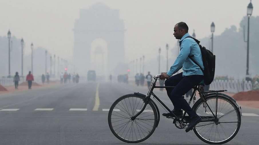 दिल्ली-NCR में छाई दमघोंटू धुंध, कई जगह 500 के पार पहुंचा एयर क्वालिटी इंडेक्स- India TV Hindi