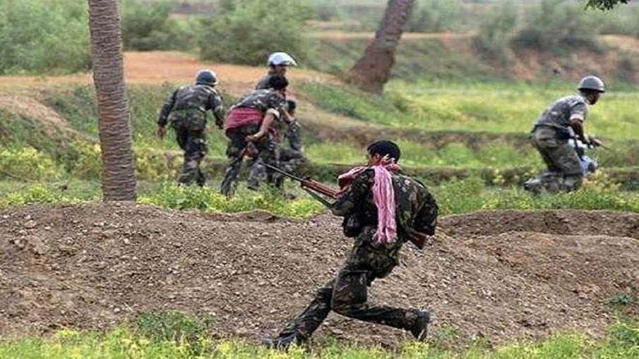 three naxals shot dead in bihar । बिहार में सुरक्षाबलों को बड़ी सफलता, मार गिराए तीन नक्सली- India TV Hindi