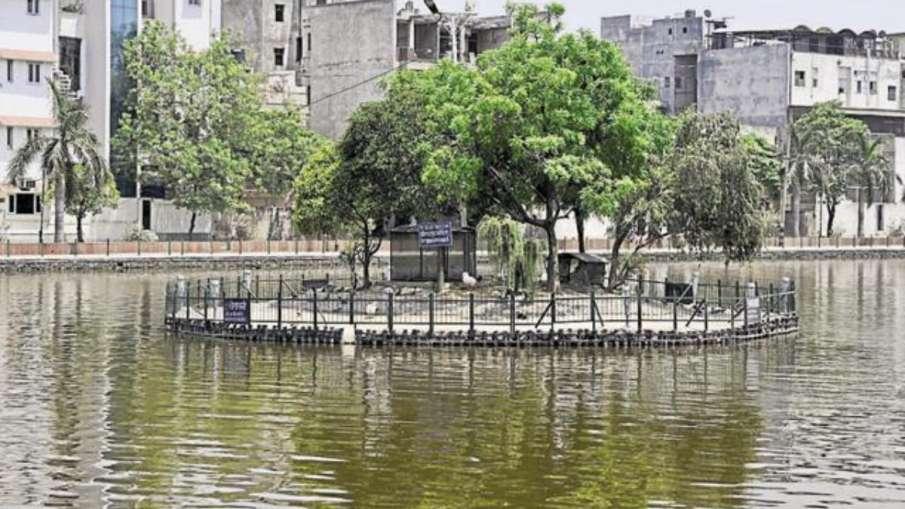 5 साल बाद फिर से दिल्ली की नैनी झील में शुरू हुई बोटिंग, हर किसी को करना होगा कोरोना गाइडलाइन का पाल- India TV Hindi