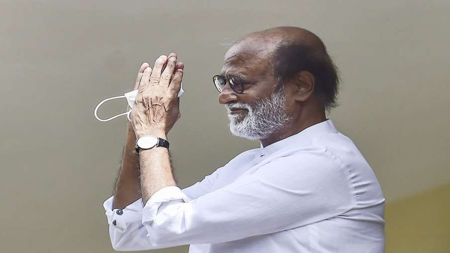 Rajinikanth on politics says I will take a decision as soon as possible । रजनीकांत ने की RMM जिला सच- India TV Hindi