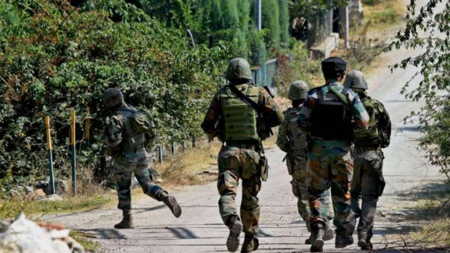 Terror attack on outskirts of Srinagar; 2 jawans martyred- India TV Hindi