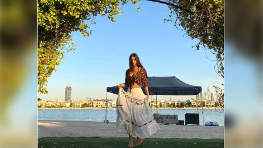 suhana khan new pic in long skirt- India TV Hindi
