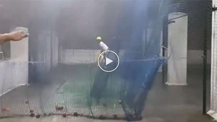 Amidst the rain, the Indian batsman was seen practicing the nets, the heart of the fans won! - India TV Hindi