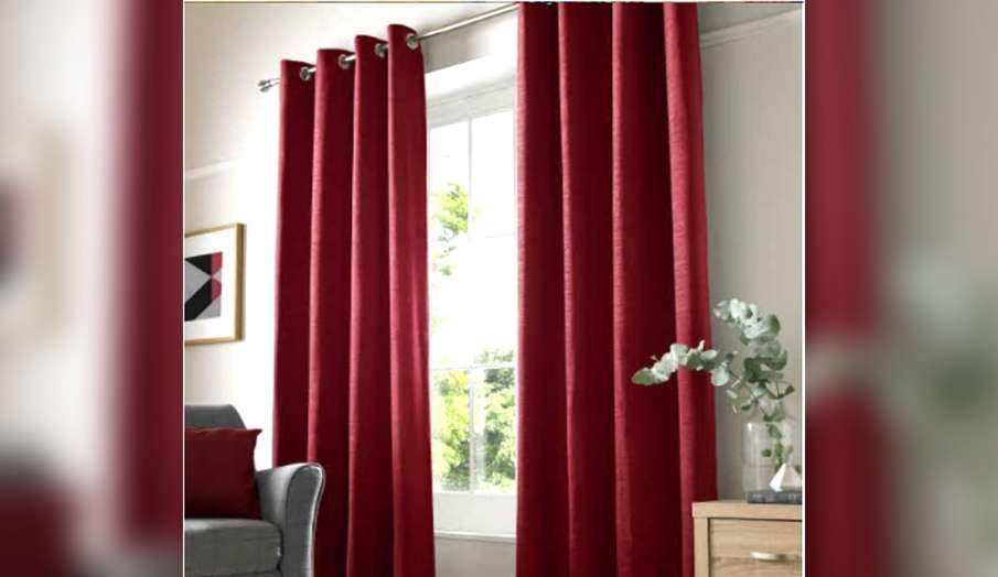 Vastu tips about curtain place red color curtain in south direction- India TV Hindi