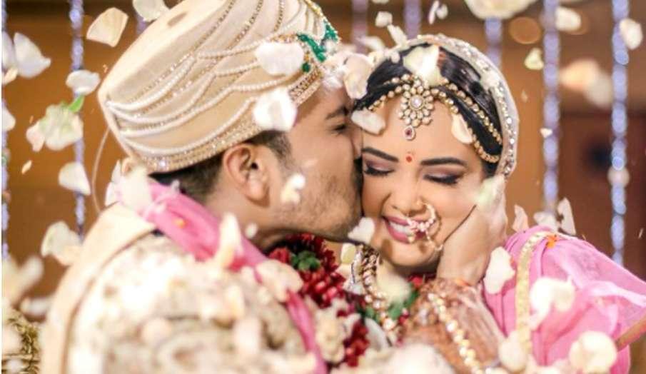 aditya narayan shares beautiful pic with wife shweta agarwal- India TV Hindi