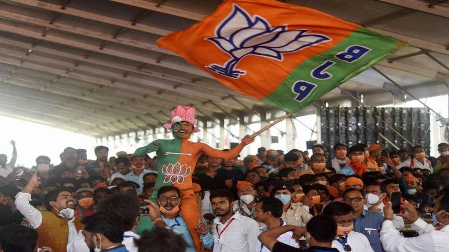 BJP ने दिया JD(U) को झटका! 6 विधायकों ने बदली पार्टी- India TV Hindi
