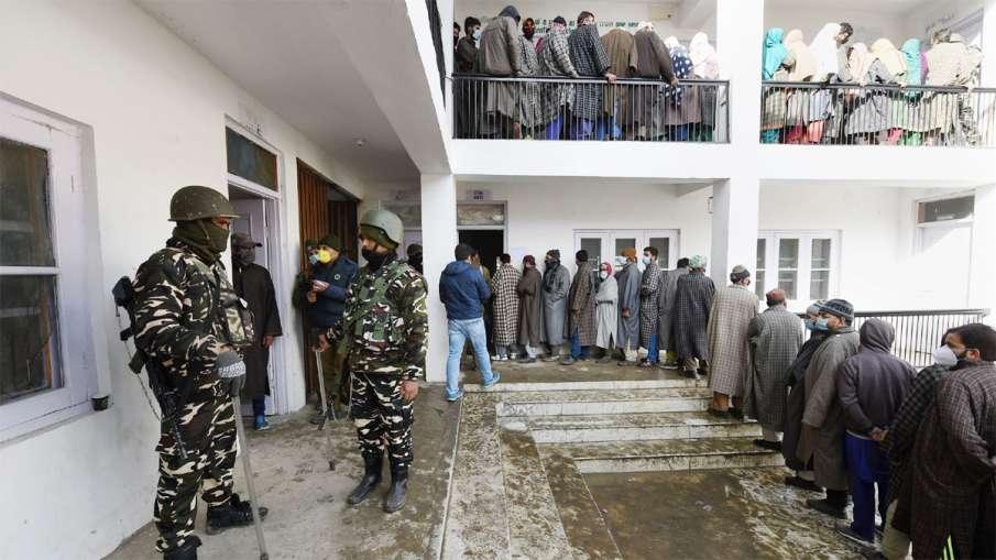 DDC Election Voter Turnout, Jammu Kashmir DDC Election, DDC Election Turnout- India TV Hindi