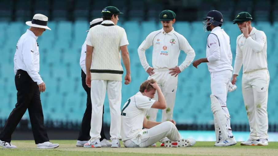 Australian player injured by Jasprit Bumrah shot, gone out of the ground after being hit on the head- India TV Hindi