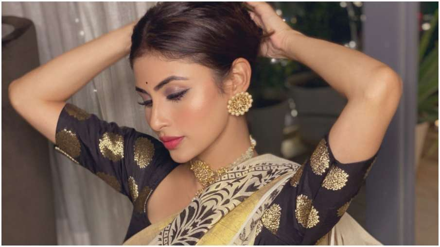 मौनी रॉय- India TV Hindi