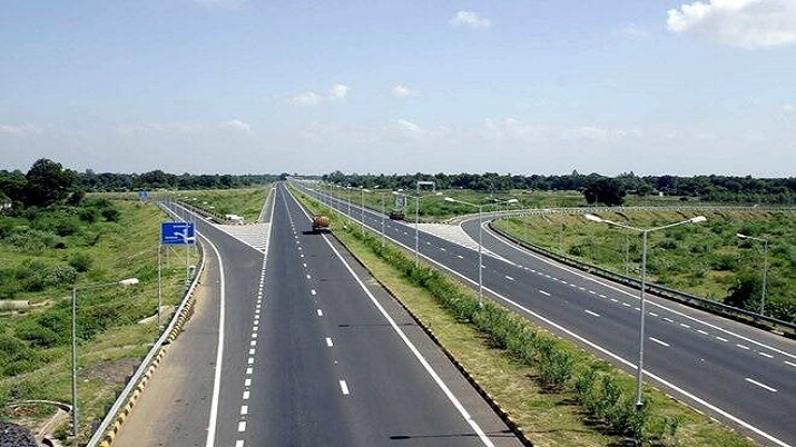 gorakhpur link expressway should be completed on time says cm yogi । गोरखपुर लिंक एक्सप्रेस-वे का का- India TV Hindi