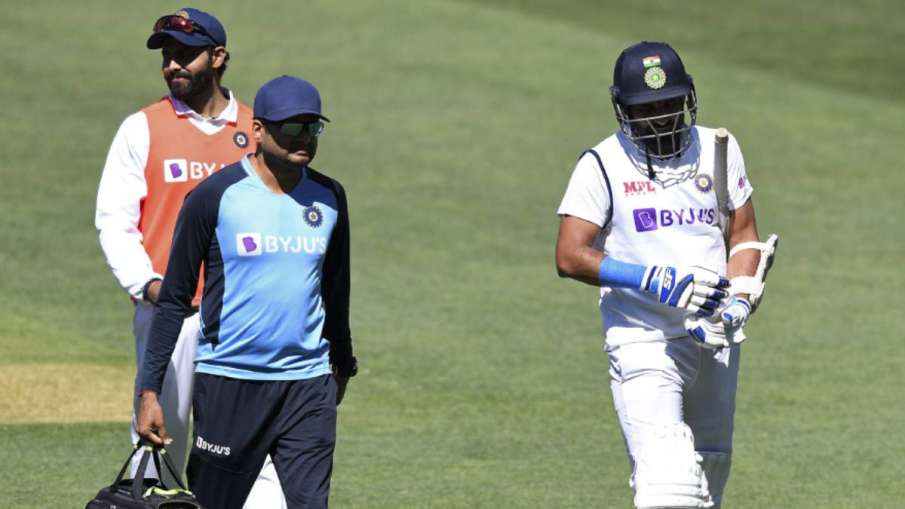 IND vs AUS: Mohammad Shami's plaster in hand, SEE first photo of stock after being out of Australia - India TV Hindi