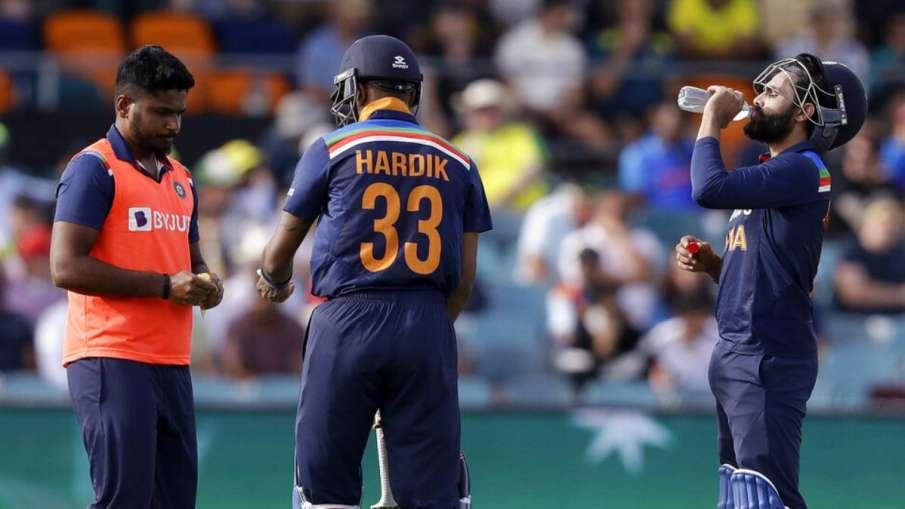 IND v AUS : मैक्सवेल ने...- India TV Hindi