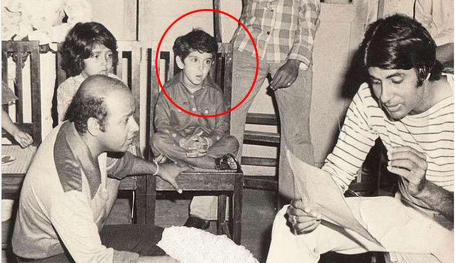 अमिताभ बच्चन ने शेयर की पहले गाने के रियर्सल की फोटो, साथ बैठे बच्चे को पहचानते है?- India TV Hindi