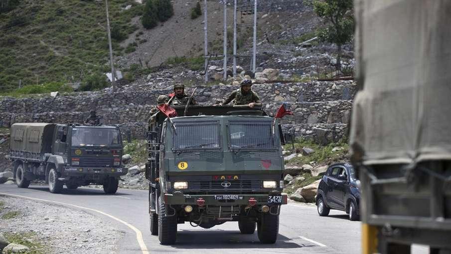 जम्मू-कश्मीर में अब भी एक्टिव हैं 270 से ज्यादा आतंकवादी: आधिकारिक सूत्र- India TV Hindi