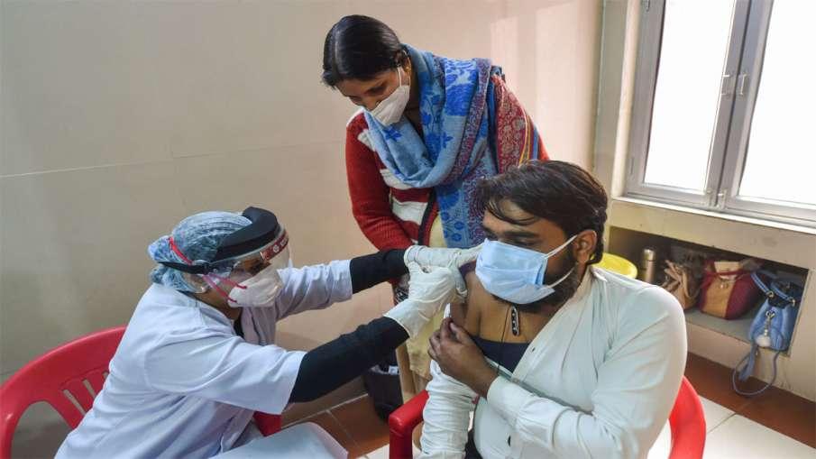 कोरोना वैक्सीन की...- India TV Hindi