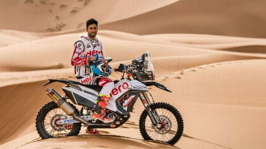 Dakar rally: Dangerous accident caused by Indian rider Santosh's bike, kept in coma- India TV Hindi