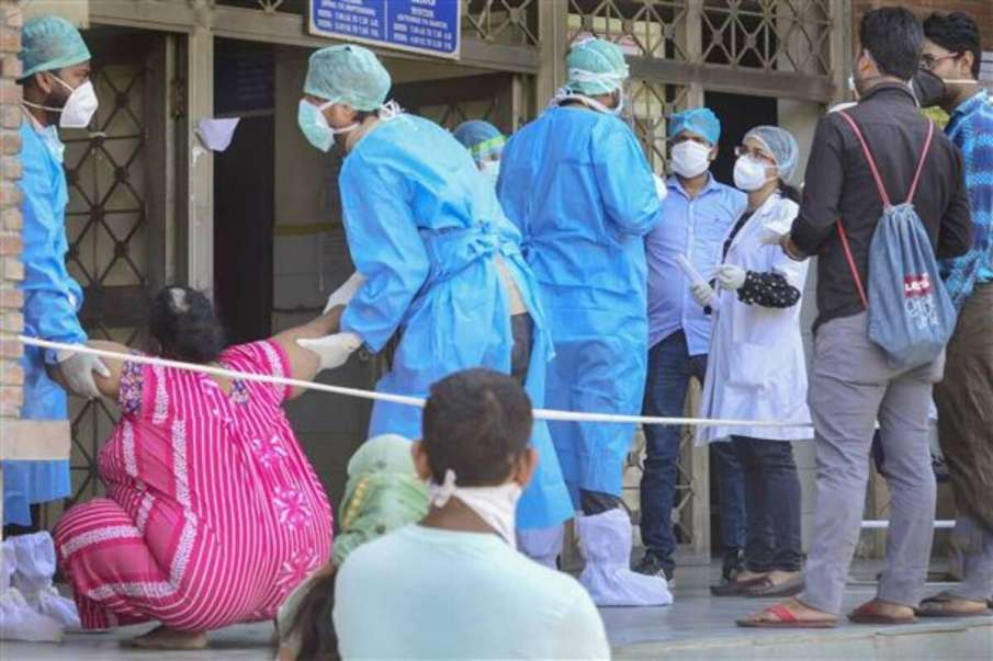 Delhi records 399 new Coronavirus cases, first flight with COVID-19 vaccines lands in National Capit- India TV Hindi