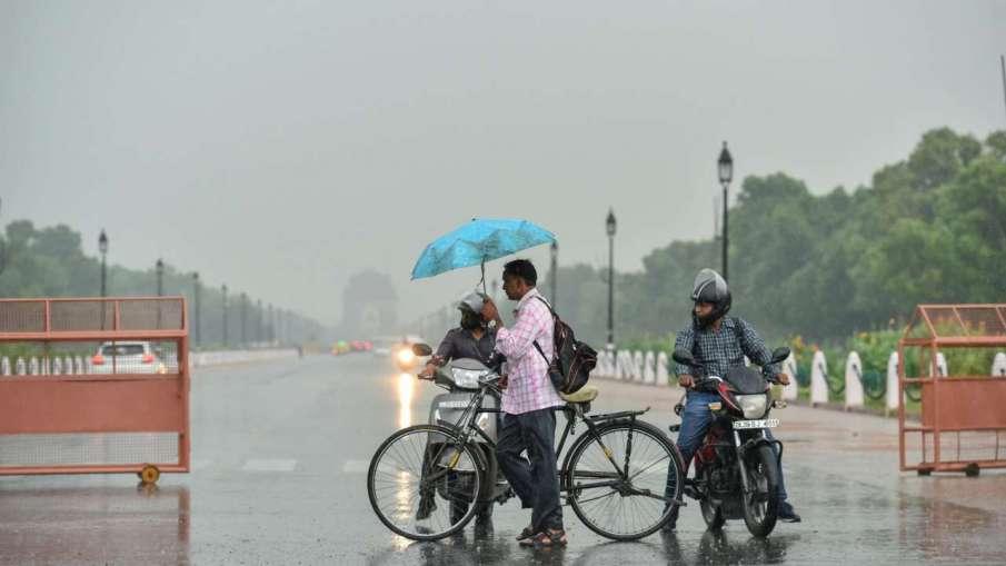 Rains drench Delhi for second consecutive day- India TV Hindi