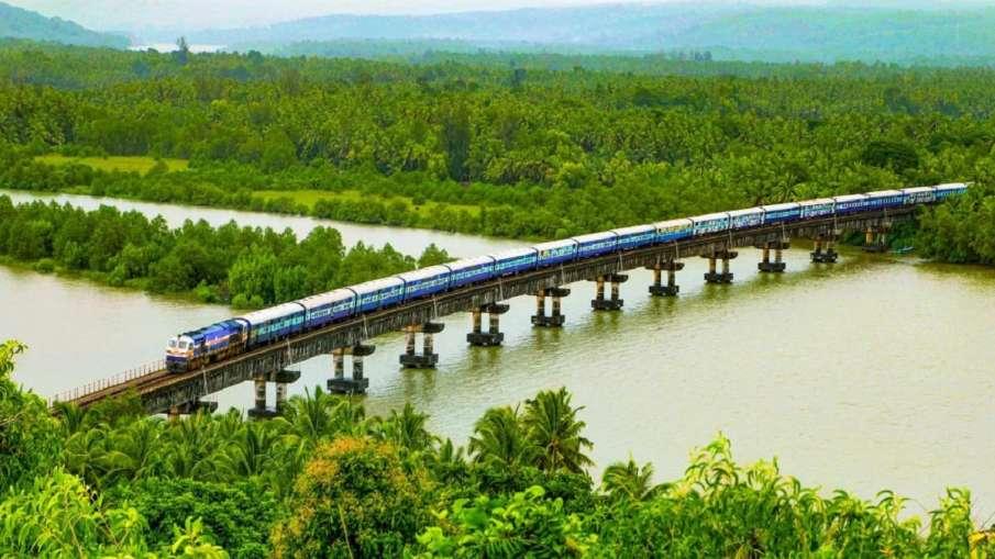 New Year Gift:भारतीय रेलवे...- India TV Hindi