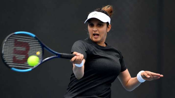 Sania Mirza recovers after testing positive for Covid-19, shares emotional tweet - India TV Hindi
