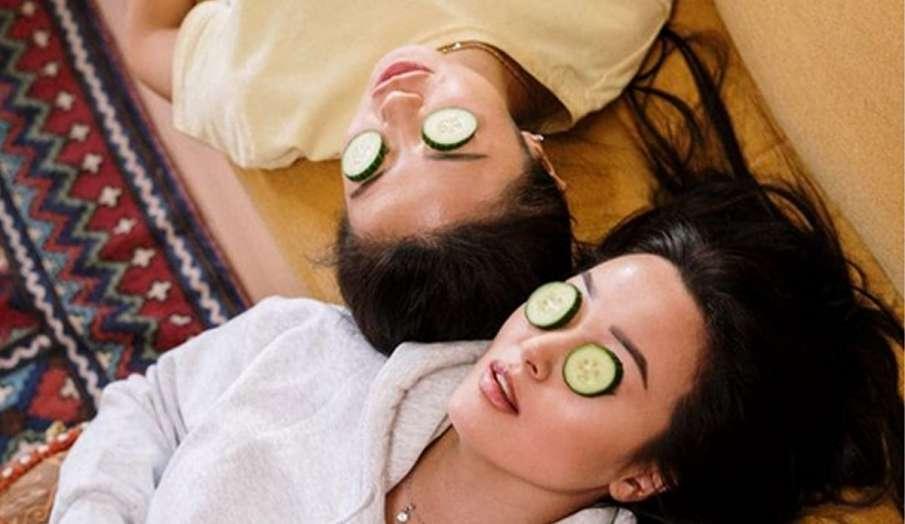 सर्दियों में ज्यादा क्रीम के इस्तेमाल से चेहरे हो गया है काला तो अपनाएं ये घरेलू नुस्खे, पाएं ग्लोइं- India TV Hindi