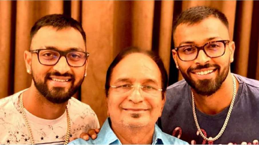 Hardik Pandya with His Father- India TV Hindi