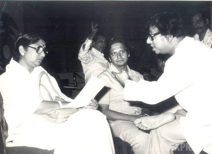 लता मंगेशकर ने आरडी बर्मन को पुण्यतिथि पर याद किया- India TV Hindi