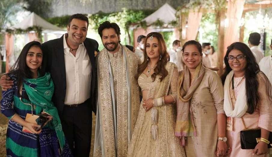 वरुण धवन ने शादी के बाद मिल रहे प्यार के लिए फैंस को कहा शुक्रिया, शेयर की नताशा के साथ तस्वीर- India TV Hindi
