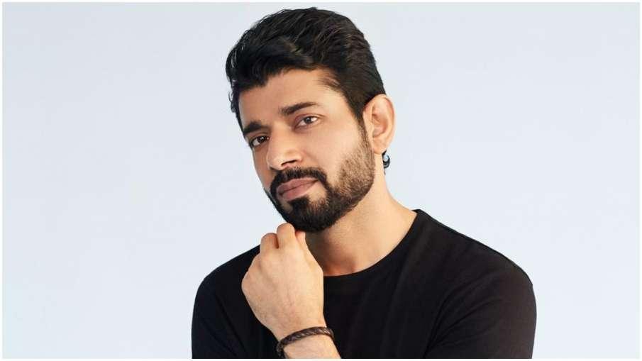 VINEET KUMAR SINGH - India TV Hindi