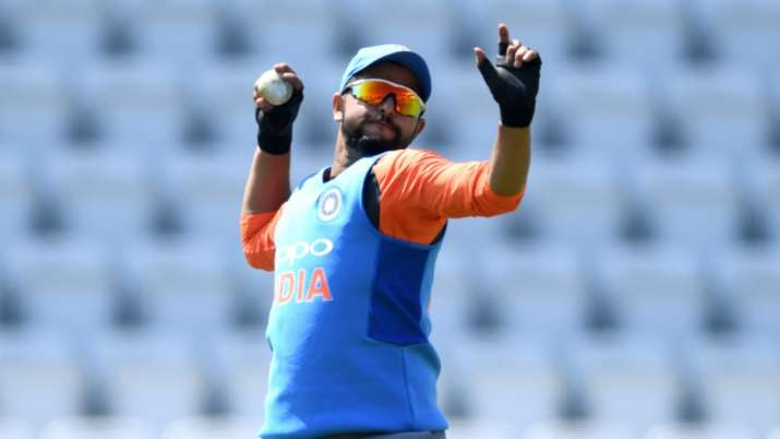 Suresh Raina once again showed off in the field, Dhoni did a great run out, watch the video- India TV Hindi