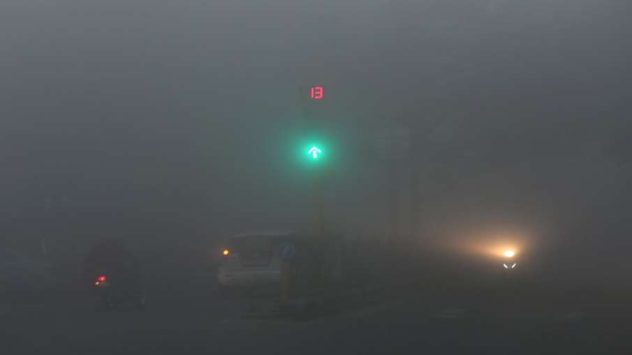 Weather latest News update forecast Delhi lucknow amritsar dense fog zero visibility IMD alert कोहरा- India TV Hindi