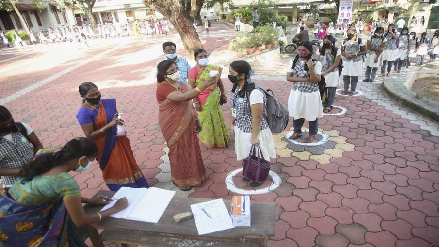 UP Board practical exam date 2021 announced check details कब होंगे यूपी बोर्ड के प्रैक्टिकल एग्जाम? - India TV Hindi