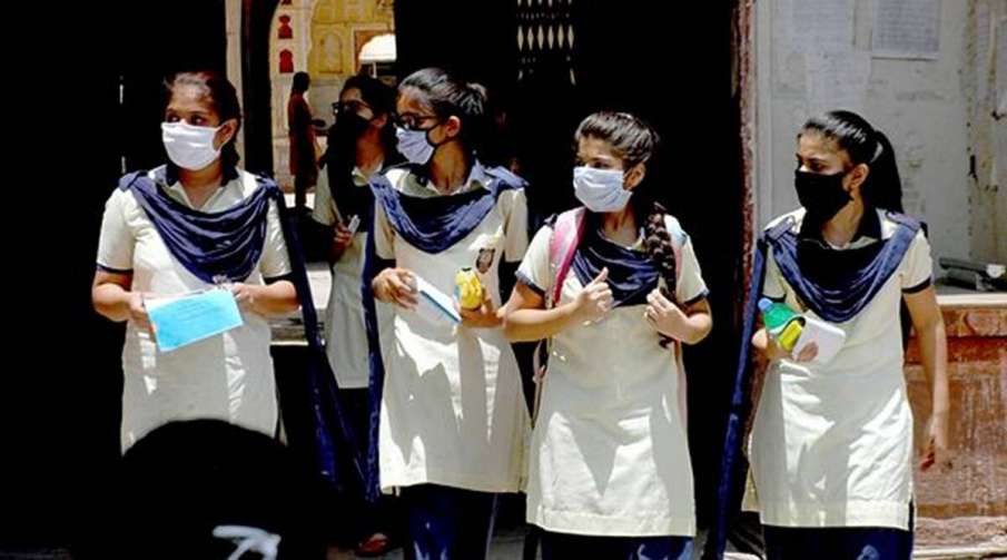 Tamil Nadu Schools to reopen from Jan. 19 for class 10,...- India TV Hindi