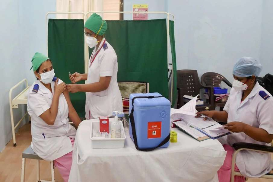 Third healthcare worker dies after COVID-19 vaccination in Telangana  - India TV Hindi