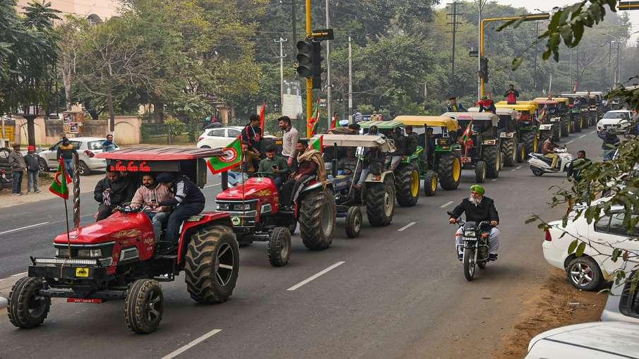 ट्रैक्टर परेड निकालने पर अड़े किसान, दिल्ली पुलिस के साथ किसानों की आज होगी मीटिंग- India TV Hindi
