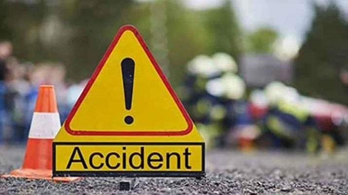 सड़क दुर्घटना में...- India TV Hindi