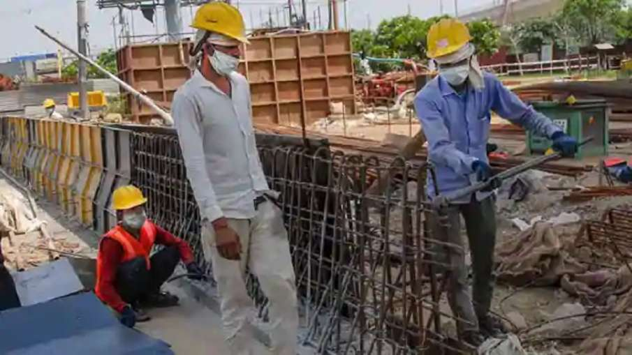 दिल्ली सरकार का निर्माण श्रमिकों के पंजीकरण के लिए अभियान शुरू- India TV Hindi