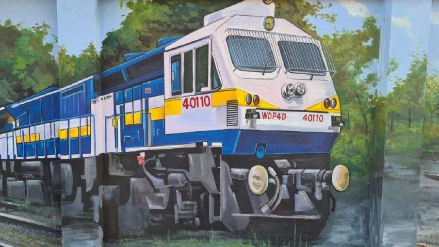 indian railway train timings changed bandra terminus ajmer haridwar howrah ahmedabad valsad रेलवे ने- India TV Hindi