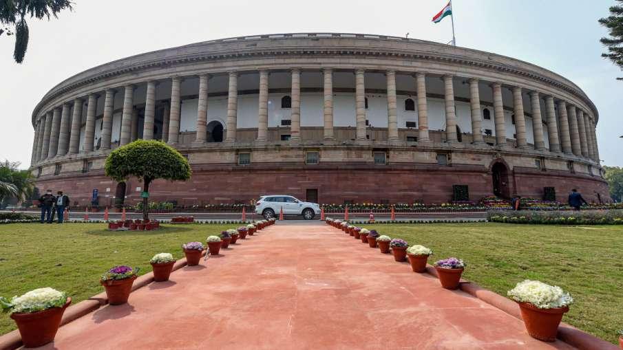 गुजरात राज्यसभा उपचुनाव में निर्विरोध जीते BJP के दो उम्मीदवार, कांग्रेस का नहीं था कोई प्रत्याशी- India TV Hindi